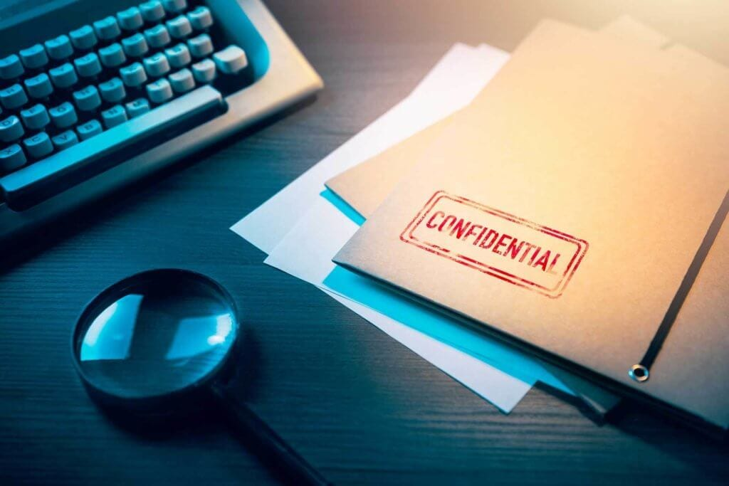 photo of confidential folder of expert witness testimony